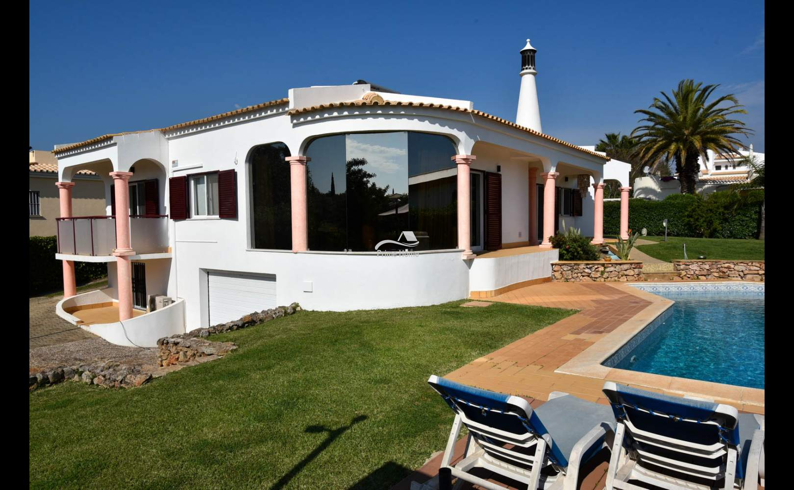Charming 3 Bedroom Villa for sale in one of the best areas of Vilamoura (33)