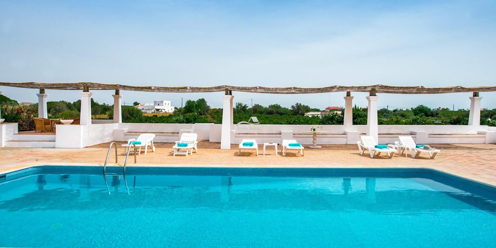 9 Bedroom Property For Sale In Fuzeta Algarve Portugal (28)